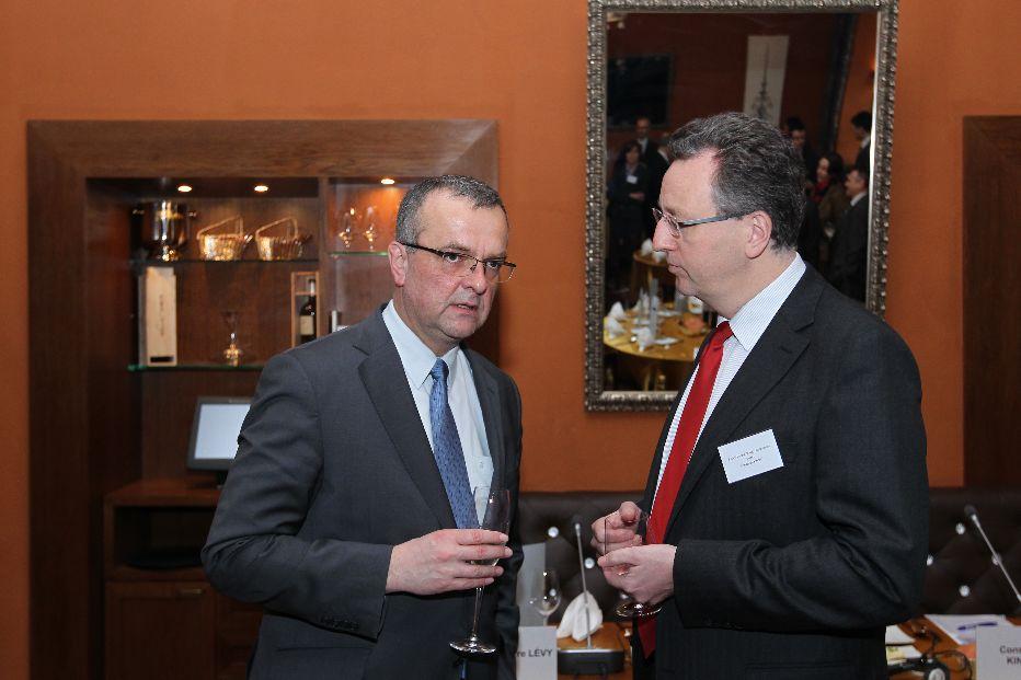 Galerie de photos : Déjeuner débat: Miroslav Kalousek, ministre des Finances de la RT